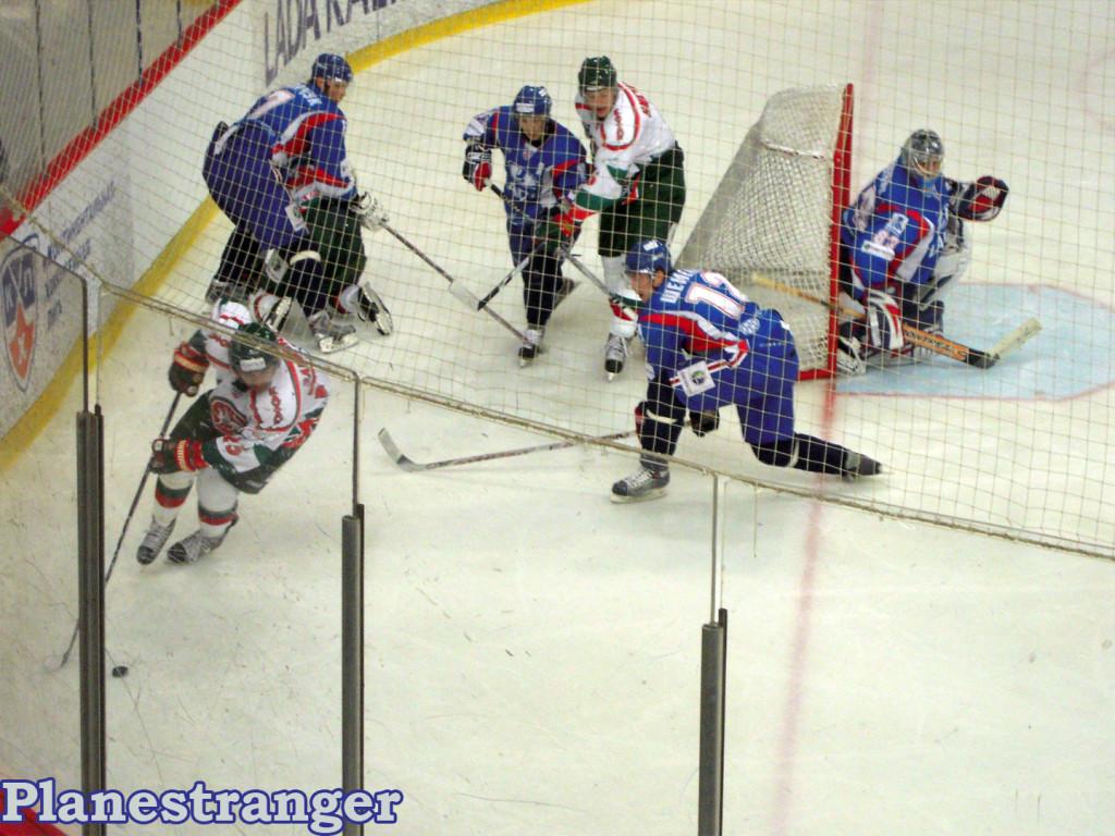 хоккей Лада