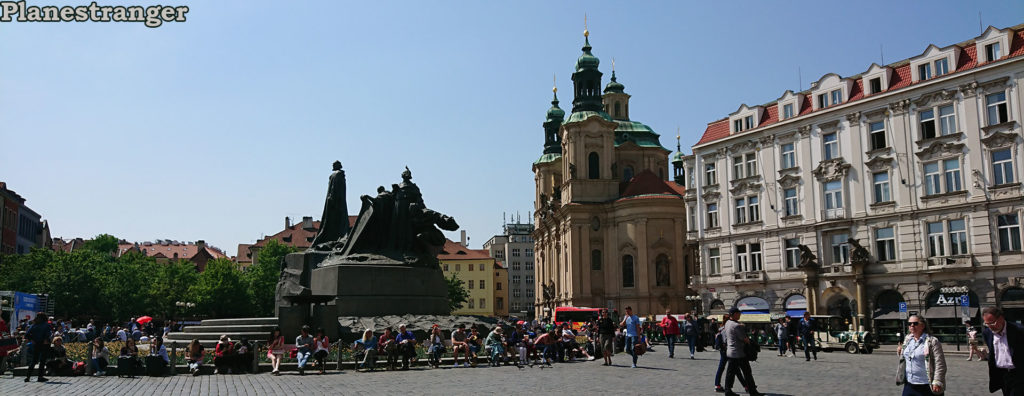 prague_old_square_panoramic_view