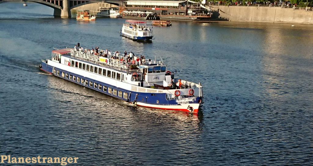 vltava tour boat