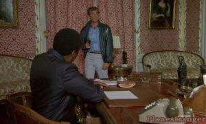 Кадр из фильма Профессионал 1981